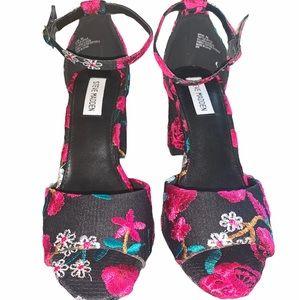 Steve Madden pink and black floral sandal
